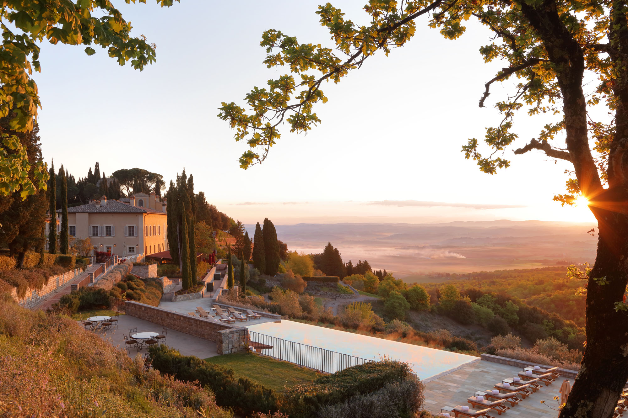 Il Borgo with Pool at Sunrise