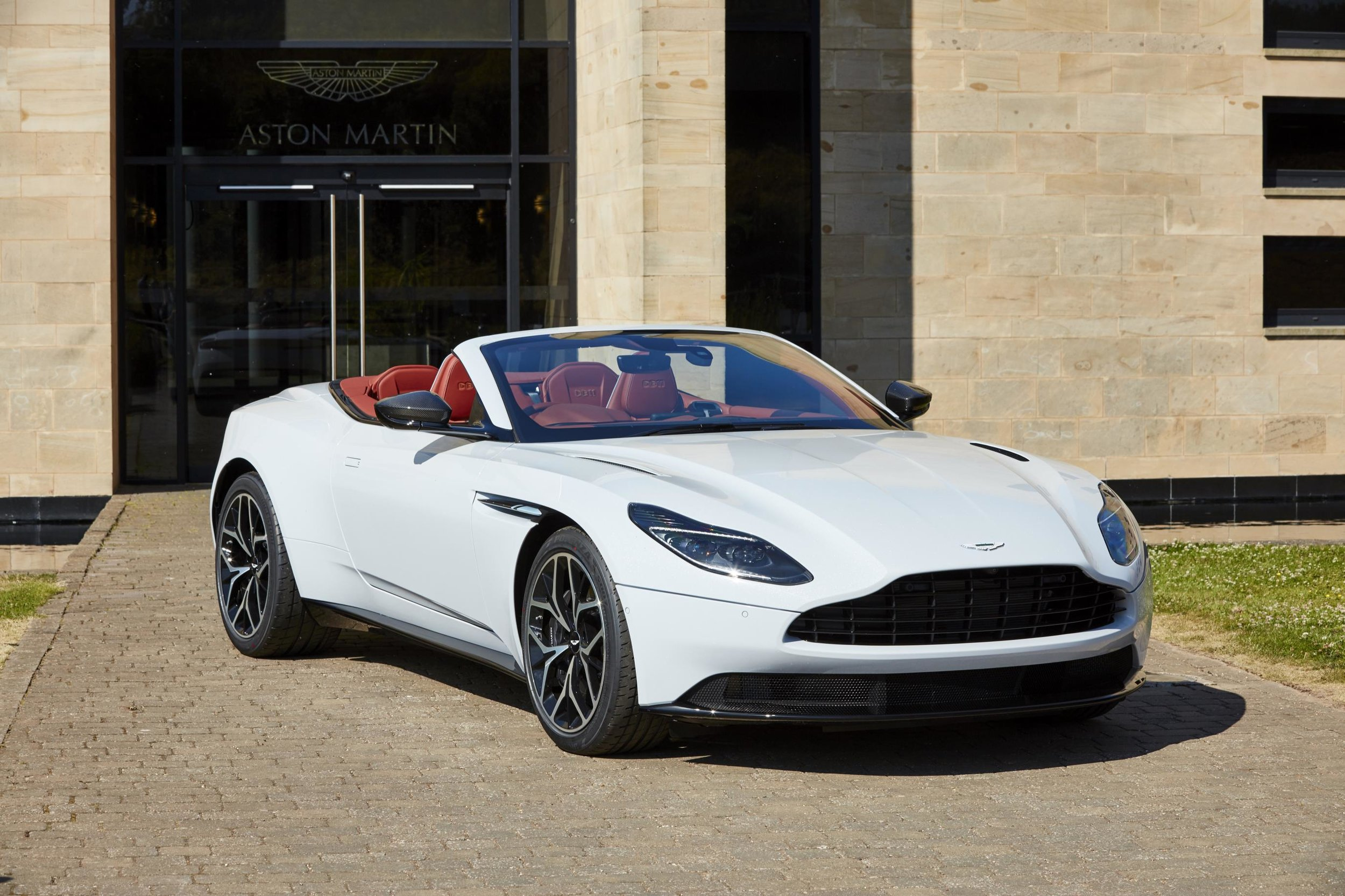 Q by Aston Martin - Henley Royal Regata DB11 Volante