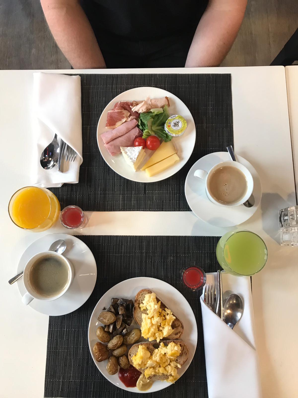 Breakfast with Mr Musings