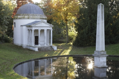 Ionic Temple, Chiswick House