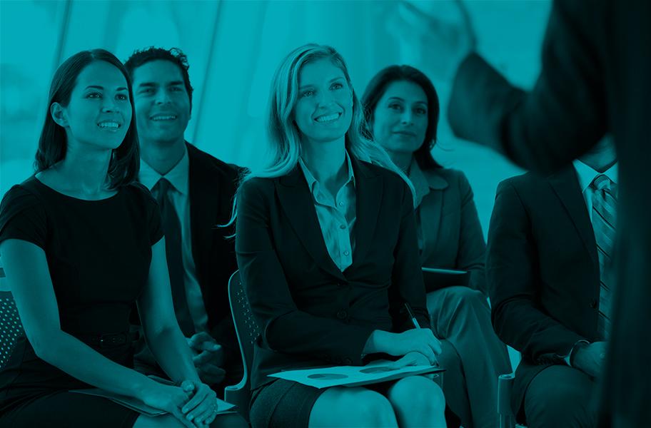 Formation en présentiel - Parce que nous croyons vraiment vraiment que c'est en échangeant que rapidement, plus performant, La Formation par CRÉDIT LOGEMENT propose une formation présente qui se veut participative et dynamique.Nos formateurs experts animent des sessions de 10 collaborateurs maximum en intra ou inter, en fonction de vos besoins.Notre équipe pédagogique conçoit les modules d'apprentissage pour atteindre ces objectifs de formation.