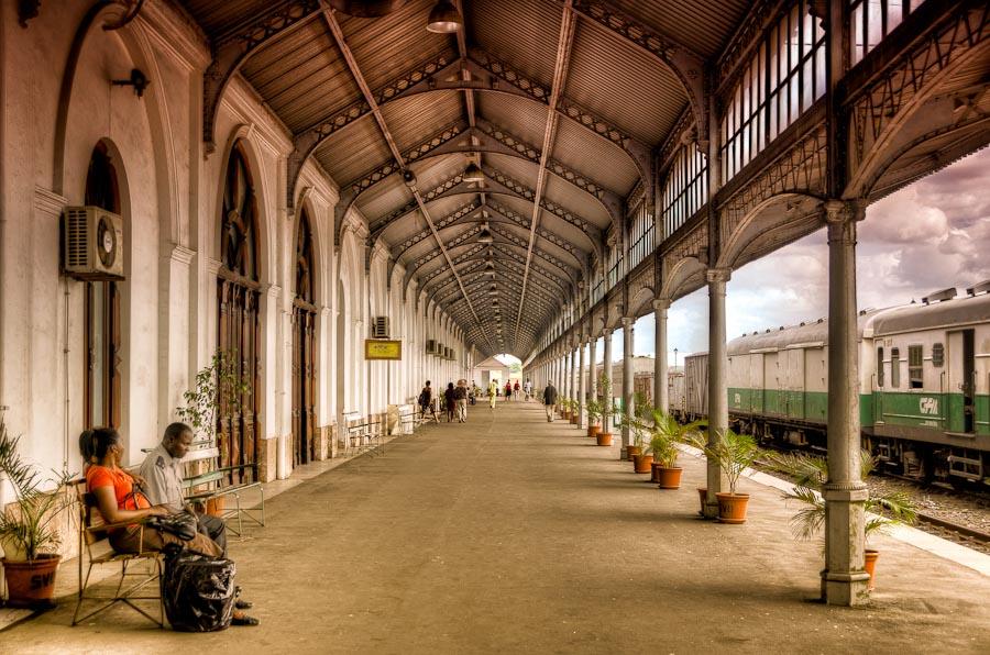 20120215_6283_Maputo_Station_900px.jpg