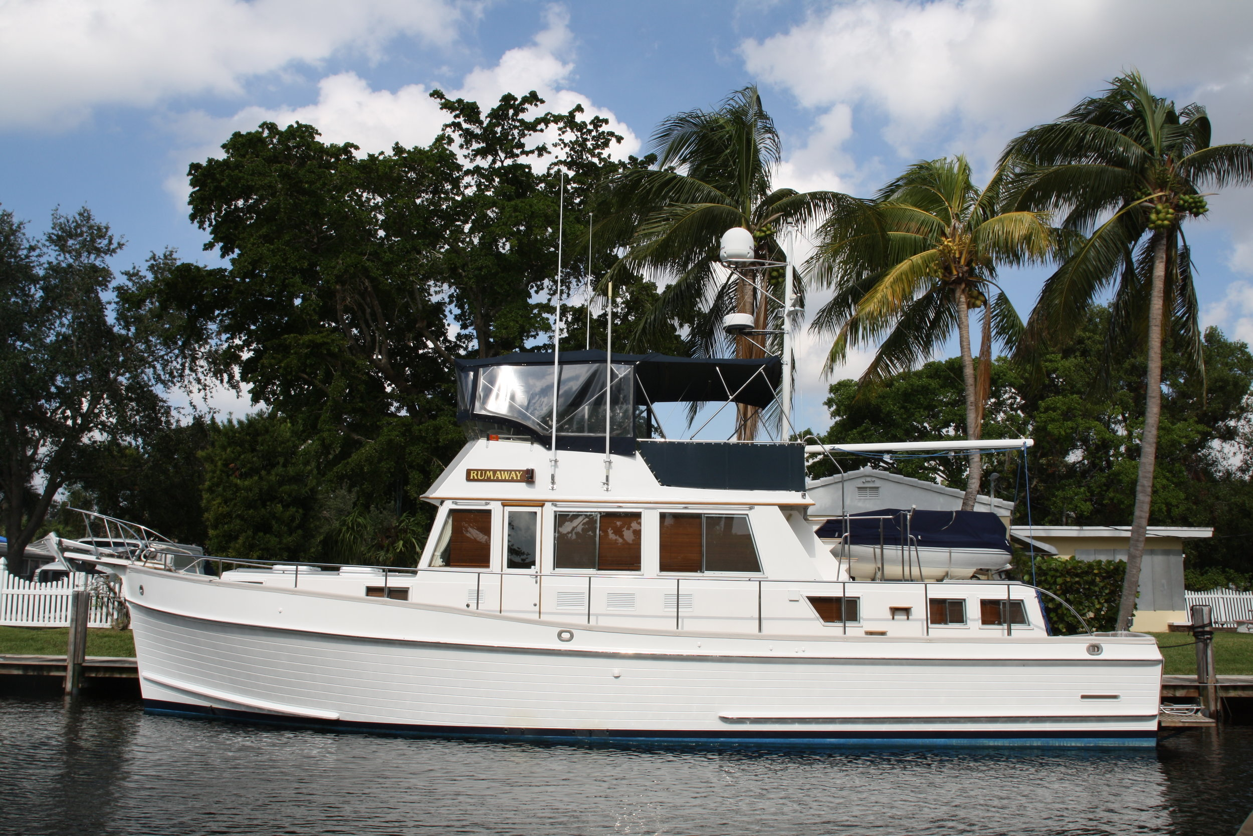 2001 model Grand Banks 46 Classic, RUMAWAY