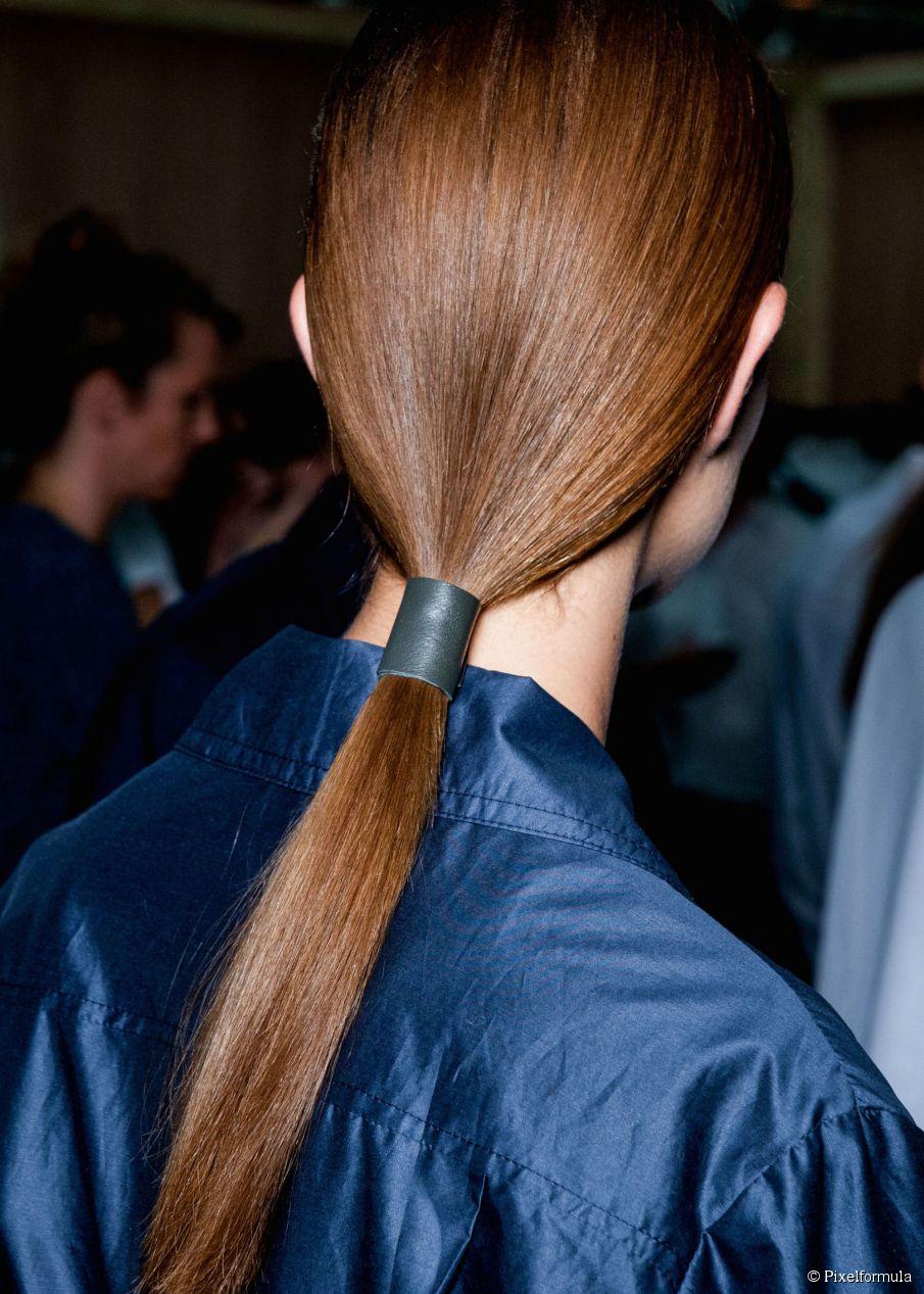 sleek-low-ponytail-905x0-2.jpg