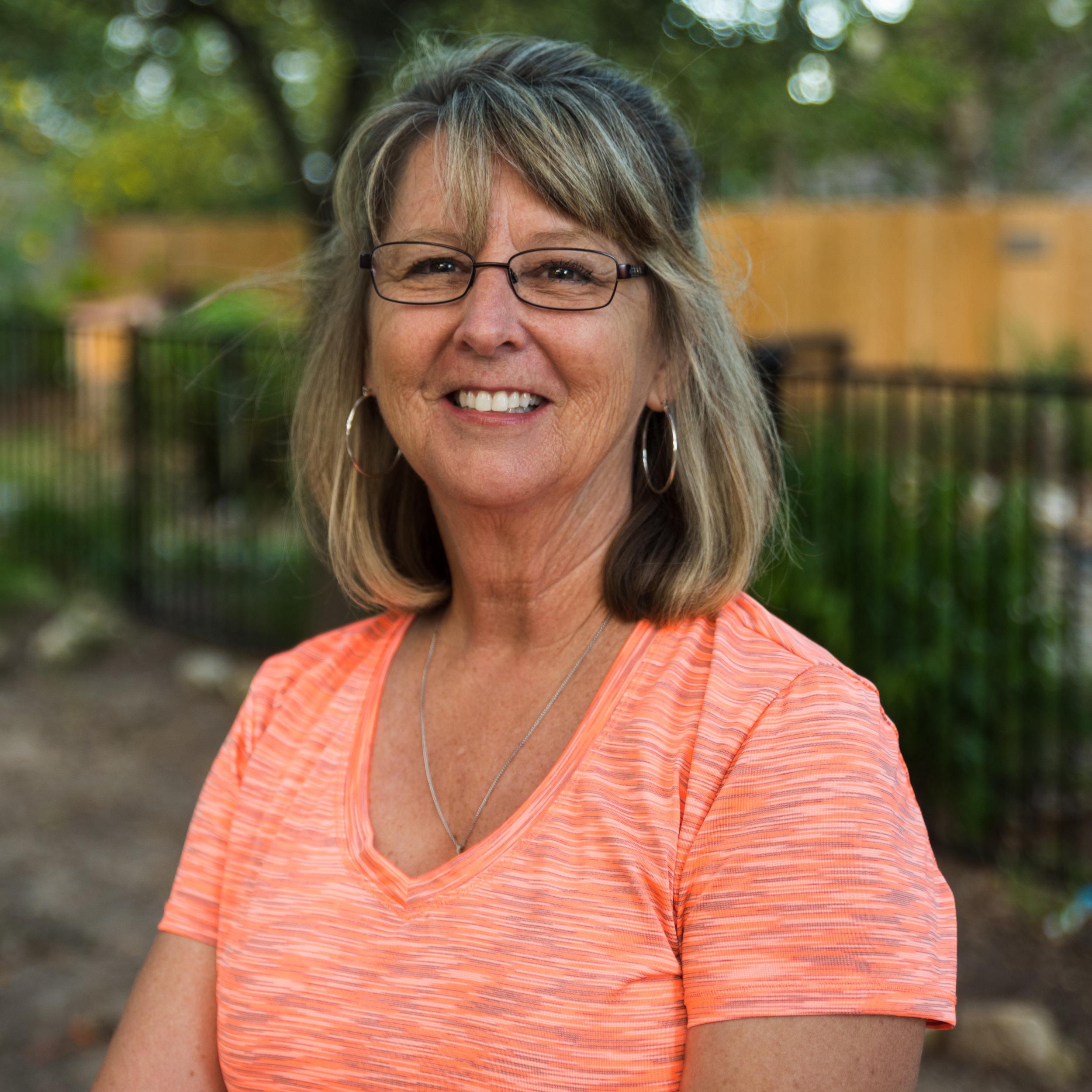 Brenda Niles - teaches 4K