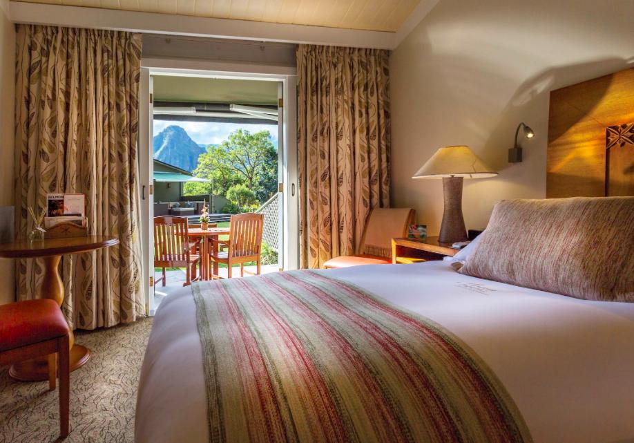 Deluxe Room  Photo Credit: Belmond Sanctuary Lodge