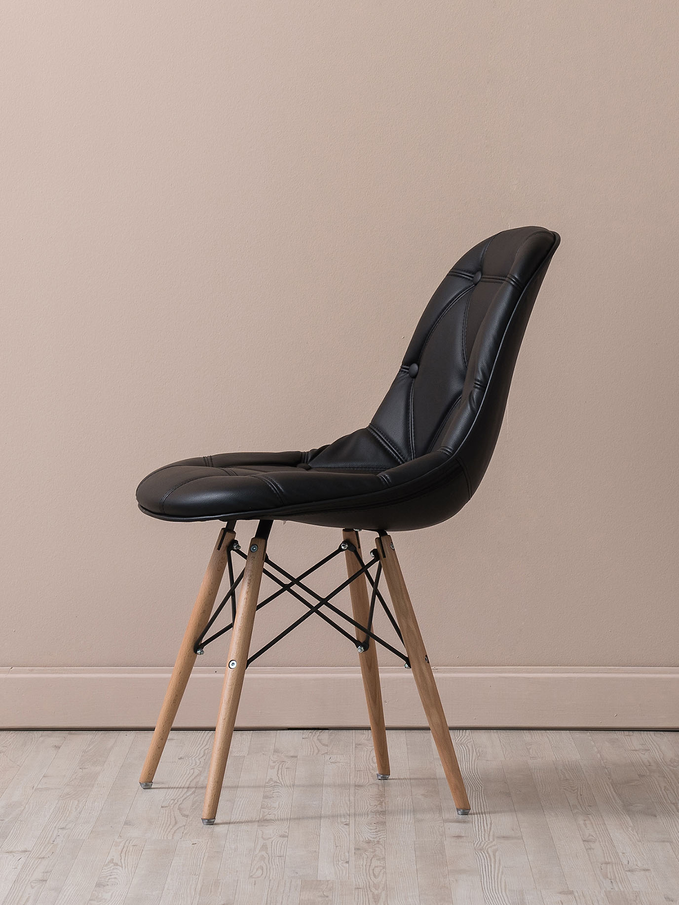one-profile-chair-1.jpg