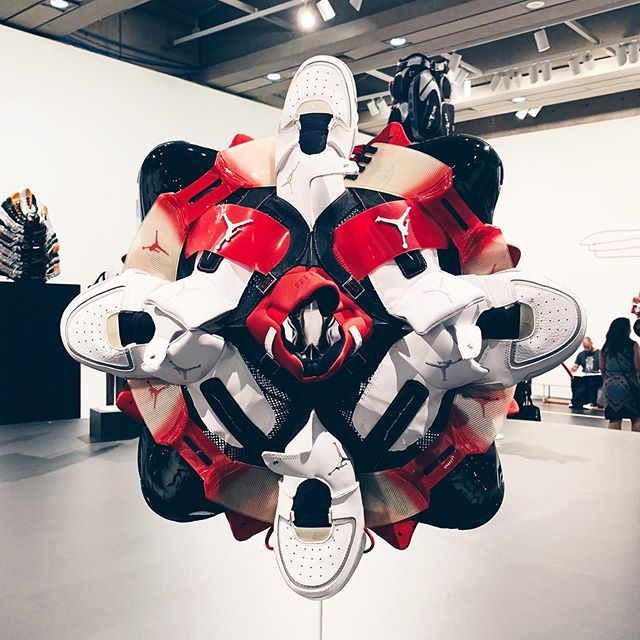 ART ✖️ OBJECT 👟 Canadian artist Brian Jungen's sculpture series using Air Jordans and Nike shoes  Exhibit: BRIAN JUNGEN FRIENDSHIP CENTRE at the @agotoronto until Aug 25th ✖️✖️ #JUNGENAGO #AIRJORDAN #BRIANJUNGEN