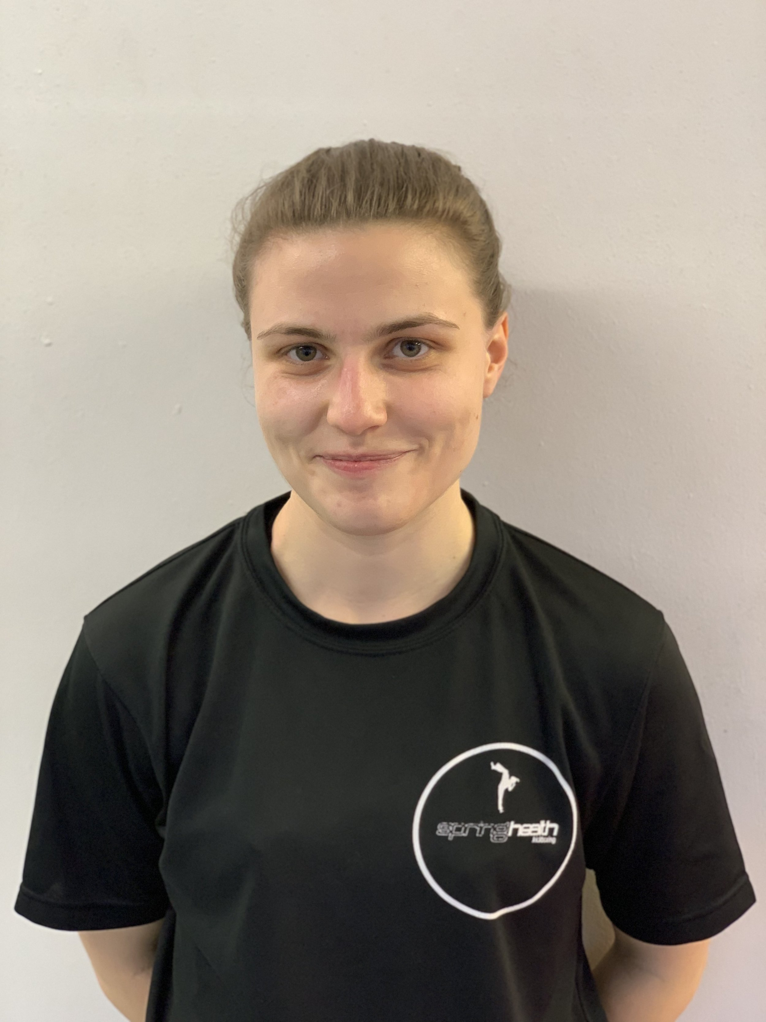 JESS FRASER - Assistant InstructorDon't let Jess's quiet exterior fool you, she knows her stuff. With crisp technique and a dedication to the details, Jess is a real asset to the team. Jess has shown an avid commitment to kickboxing, not only in her own progression but to all those she helps.
