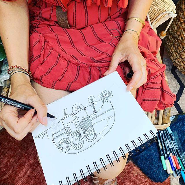 Notre belle petite caravane sur papier merci @nadjanjohole pour ce joli dessin @folkspiritmarket ✨