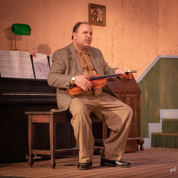 Hannibal (Scott Korman) thinks he is a marvelous musician even though he can only play two notes.