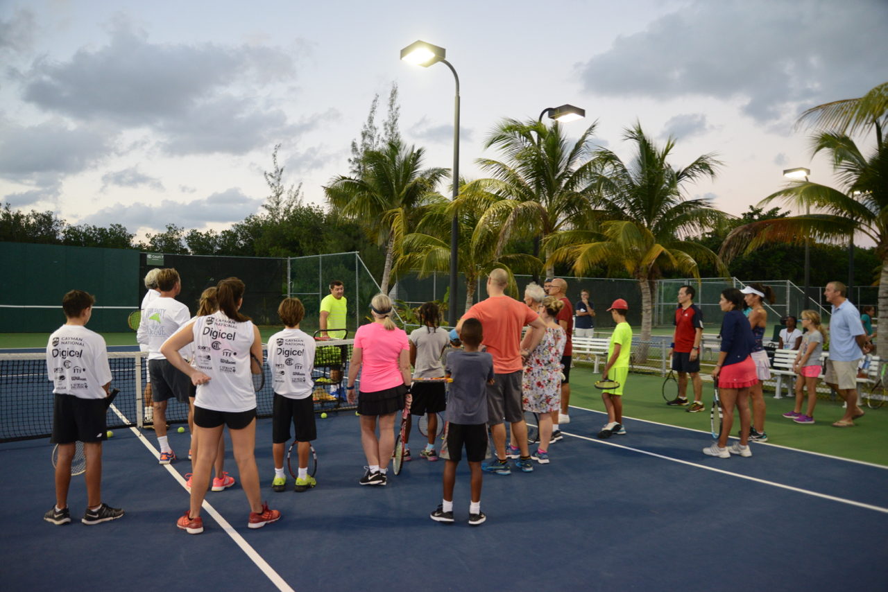 Former ATP player Jesse Witten gives a free camp for local families