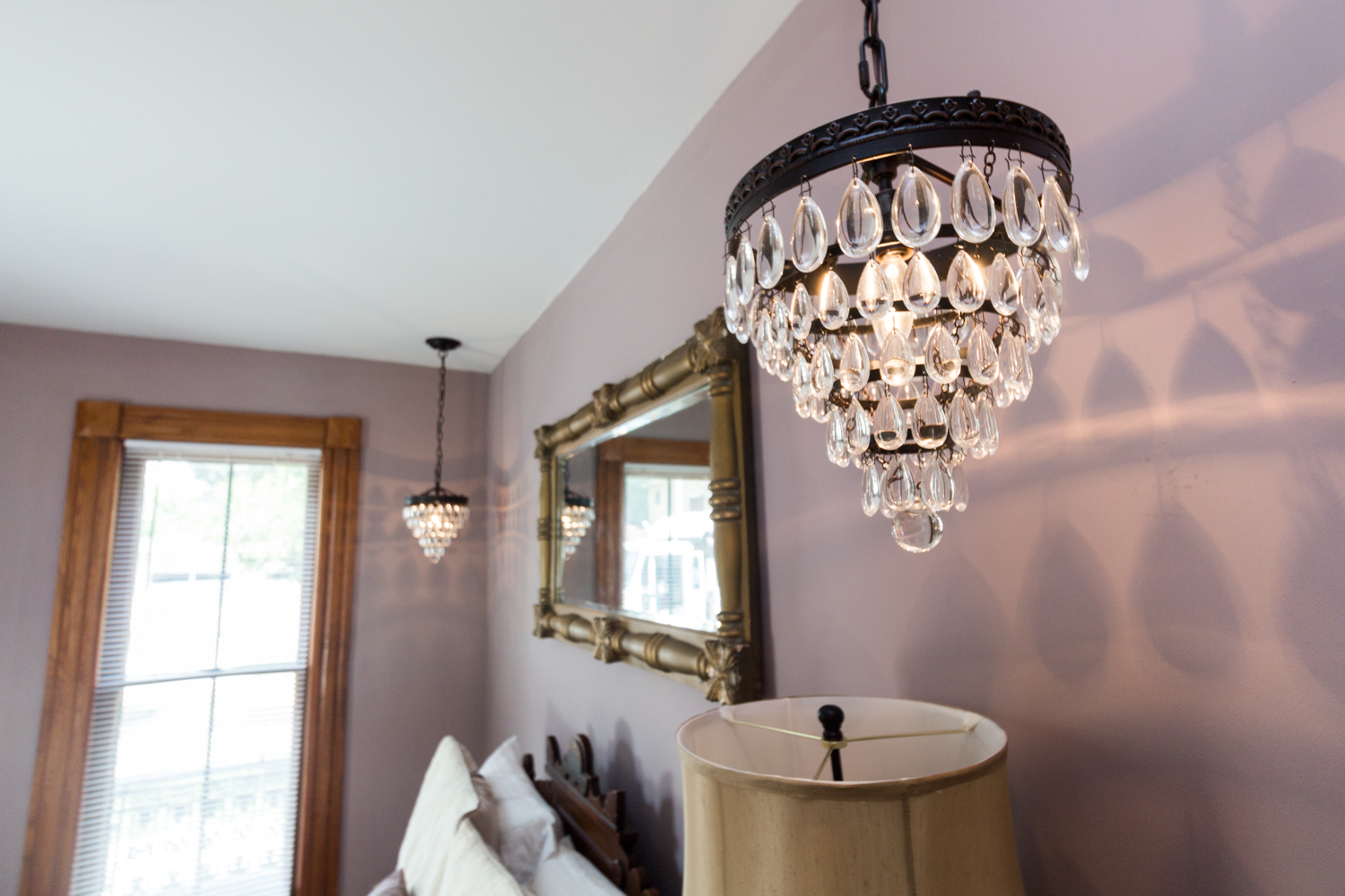 MSH-HistoricBuxton-pearl1roomchandelier.jpg