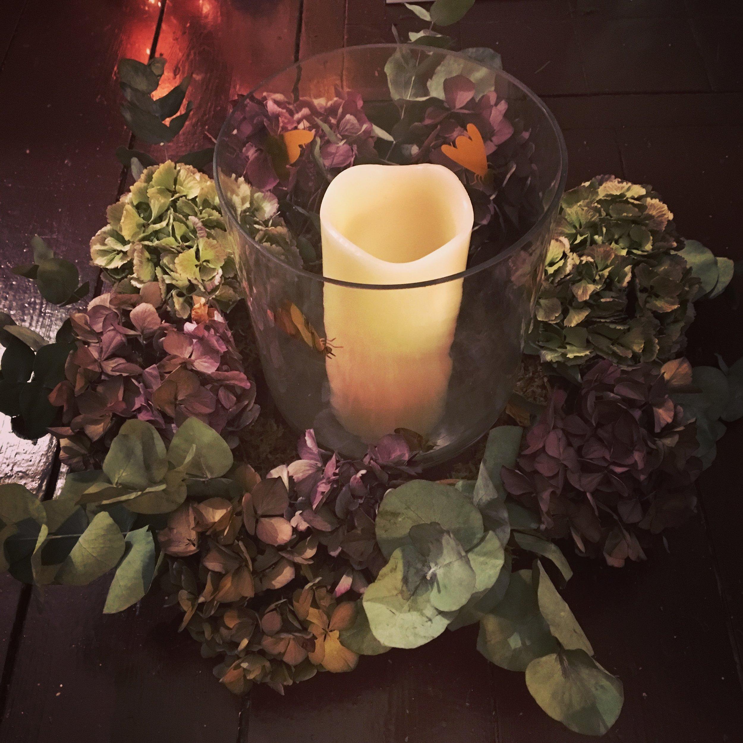 Wreath Table Centre
