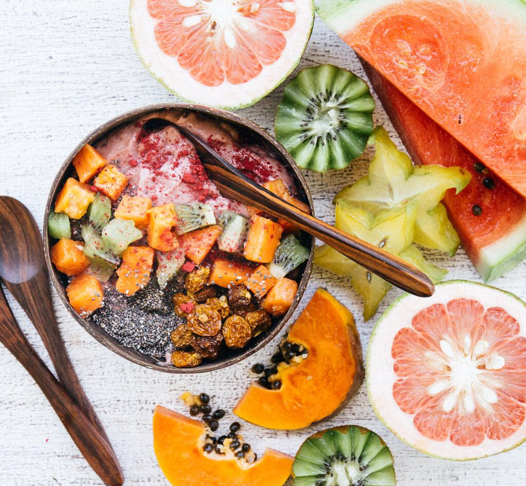 Papaya and superfood smoothie bowl