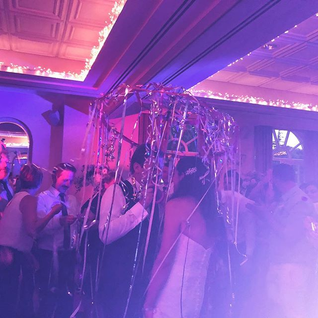 We had so much fun with this lovely couple last weekend!  This is a German tradition called luftschlange, where the guests blow streamers over the bride and groom's umbrella to wish them luck! 🎉🎉🎉 Congratulations Stefan and Corina!  #weddingband #wedding #germanwedding #tradition #international #romanian #internationalcouple #romance #goodluck #luftschlangen #german #folk #weddingtradition #internationalwedding