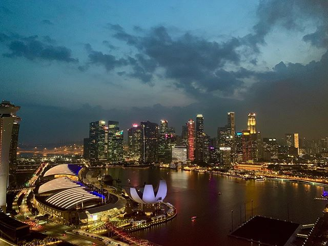 Unreal sights of this beautiful city from the Singapore Flyer