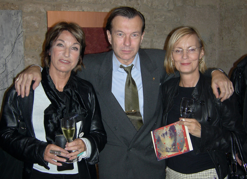 TD ON THE VERNISSAGE  WITH EX AND PRESENT CULTURAL ATTACHES SONJA MARTINSSON AND ANNIKA LEVIN.jpg
