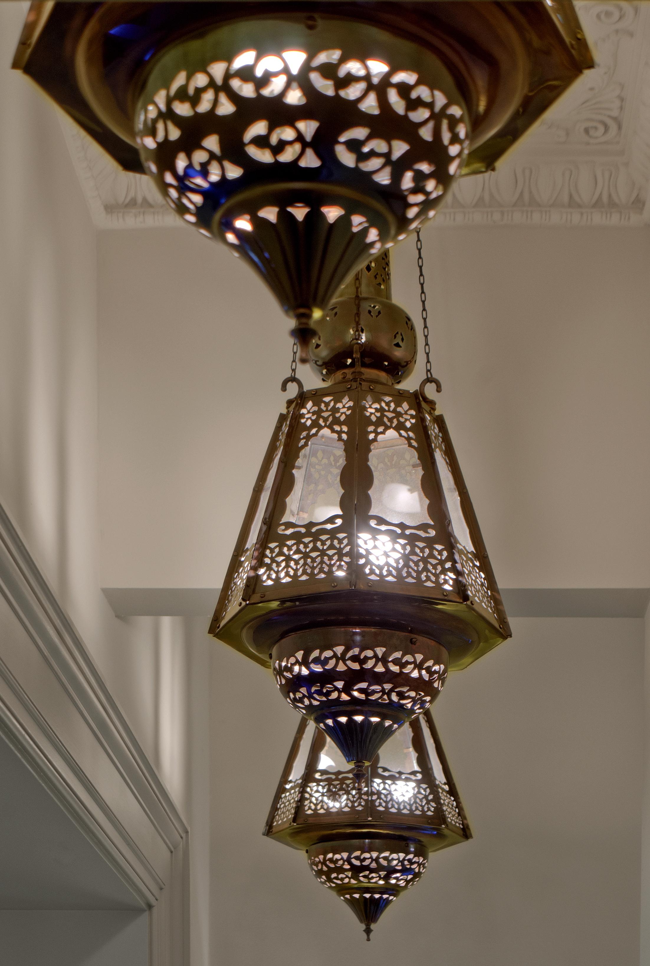 10 - Accessories-Lamp3.jpg