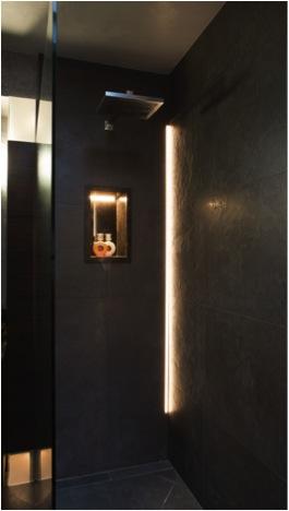 03 Brochure master suite Penthouse Marylebone .jpg