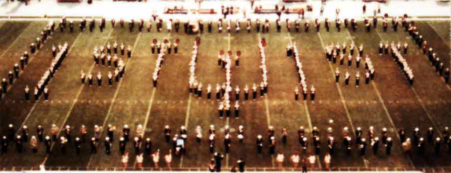 1971-Alumni-Band-halftime.jpg