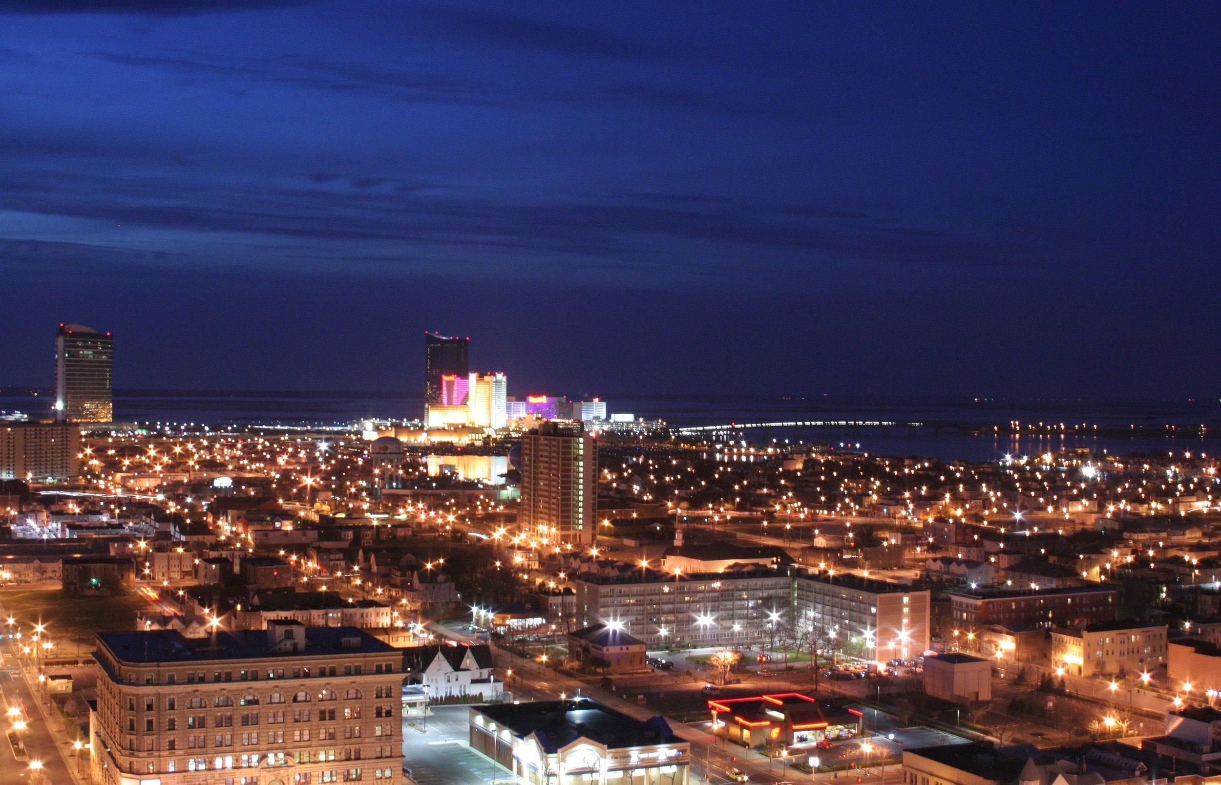Atlantic_City_NJ_night.jpg
