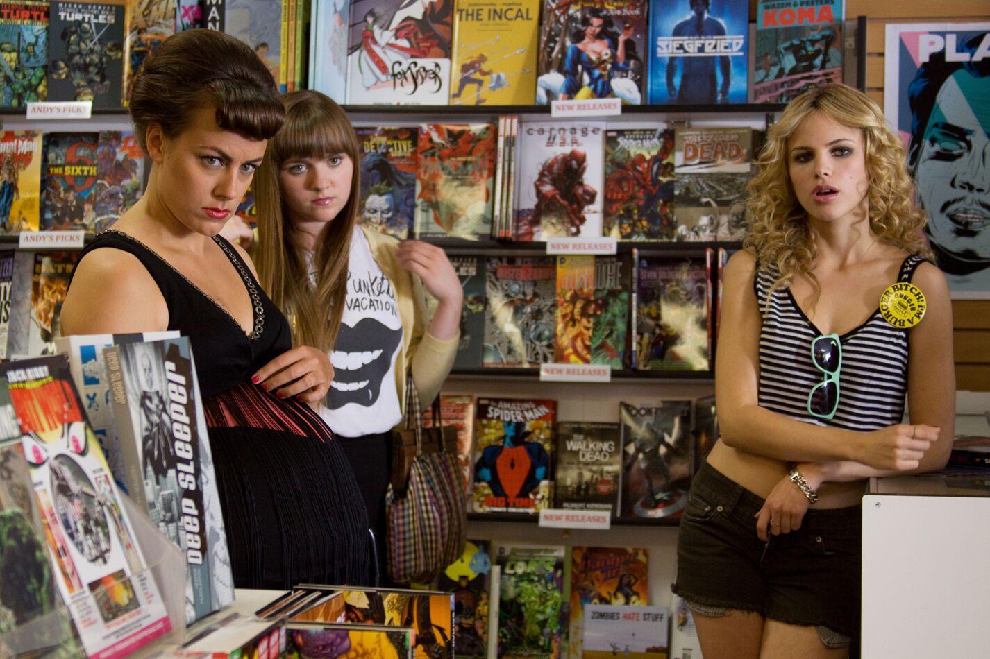 Thumbnail_Joans Day Out_teens at comic store.jpg