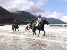 horse-riding-by-sea.jpg