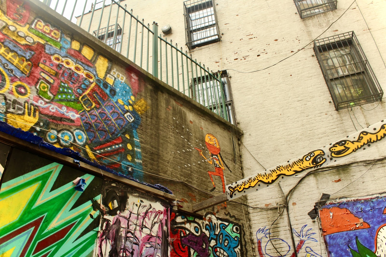 Backyard of The Living Gallery, decorated with work from local artists / Voiceless Music Meetup (PHOTO: Regan Hsieh)