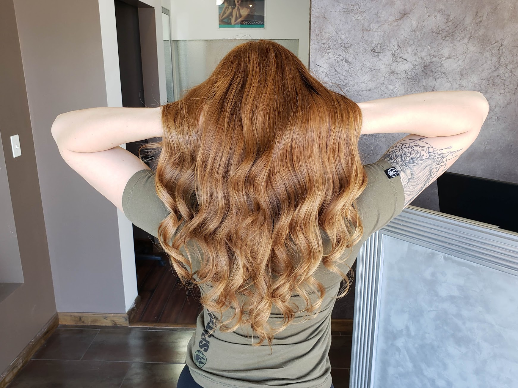 Single Process(Outhgrow or All Over Color) Starting at $100 - This service is perfect for clients who are looking to change their virgen hair color or re-touch their new hair growth. This service does not include applications with lightener (bleach) or highlight touch-ups. Service includes wash, Olaplex Treatment, blow-dry and style.For all color services, charges are estimate at $100 for the first hour and $60 for every additional hour. Price will vary based on the desire look.
