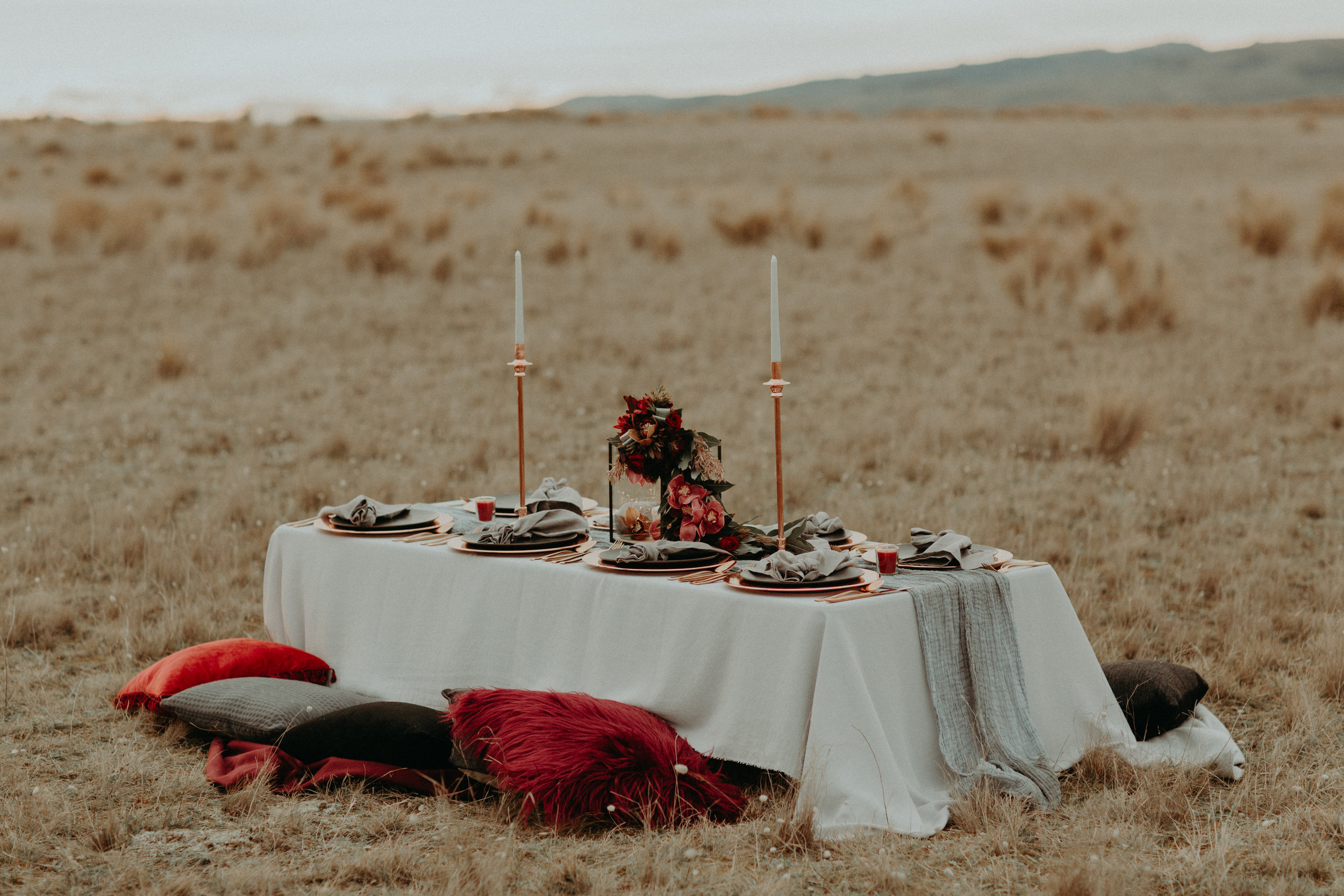editorial table setting in location