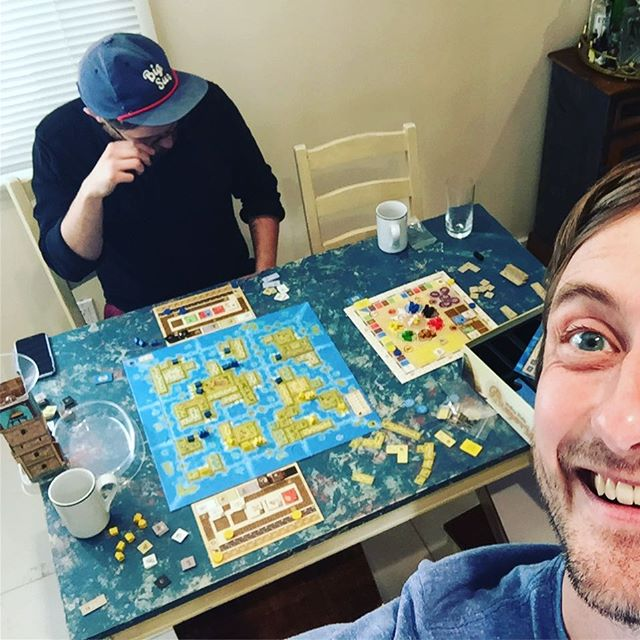 Who else tears up when they win? /// AMERIGO was just what we expected - pretty Feld-y!! A lovely little action-selector with a swell cube tower, to boot! Very interested to see if it holds with more players! . . . #boardgames  #stefanfeld @real_queengames  #amerigogame