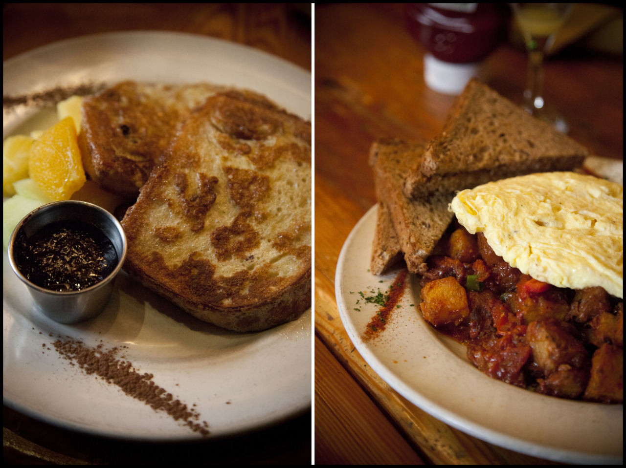 chorizoyourowneggventure :      Ouisi Bistro  January 27, 2013 French Toast with Berry Coulis; Hash It Out     Check out a side blog I have…  Chorizo Your Own Eggventure . Big photos from brunch in Vancouver. Warning: It'll make you hungry. #webrunchhard