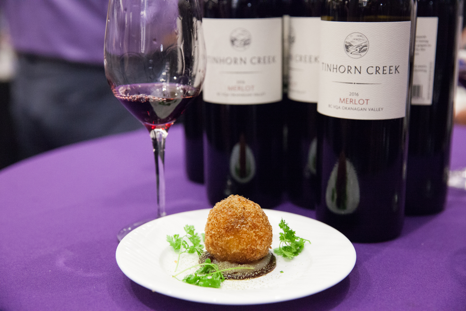 Tinhorn Creek  2016 Merlot with the  Miradoro  Oxtail Arancini (with Fermented Sunchoke Purée, Cherry Gastrique, Leek Powder & Chervil)