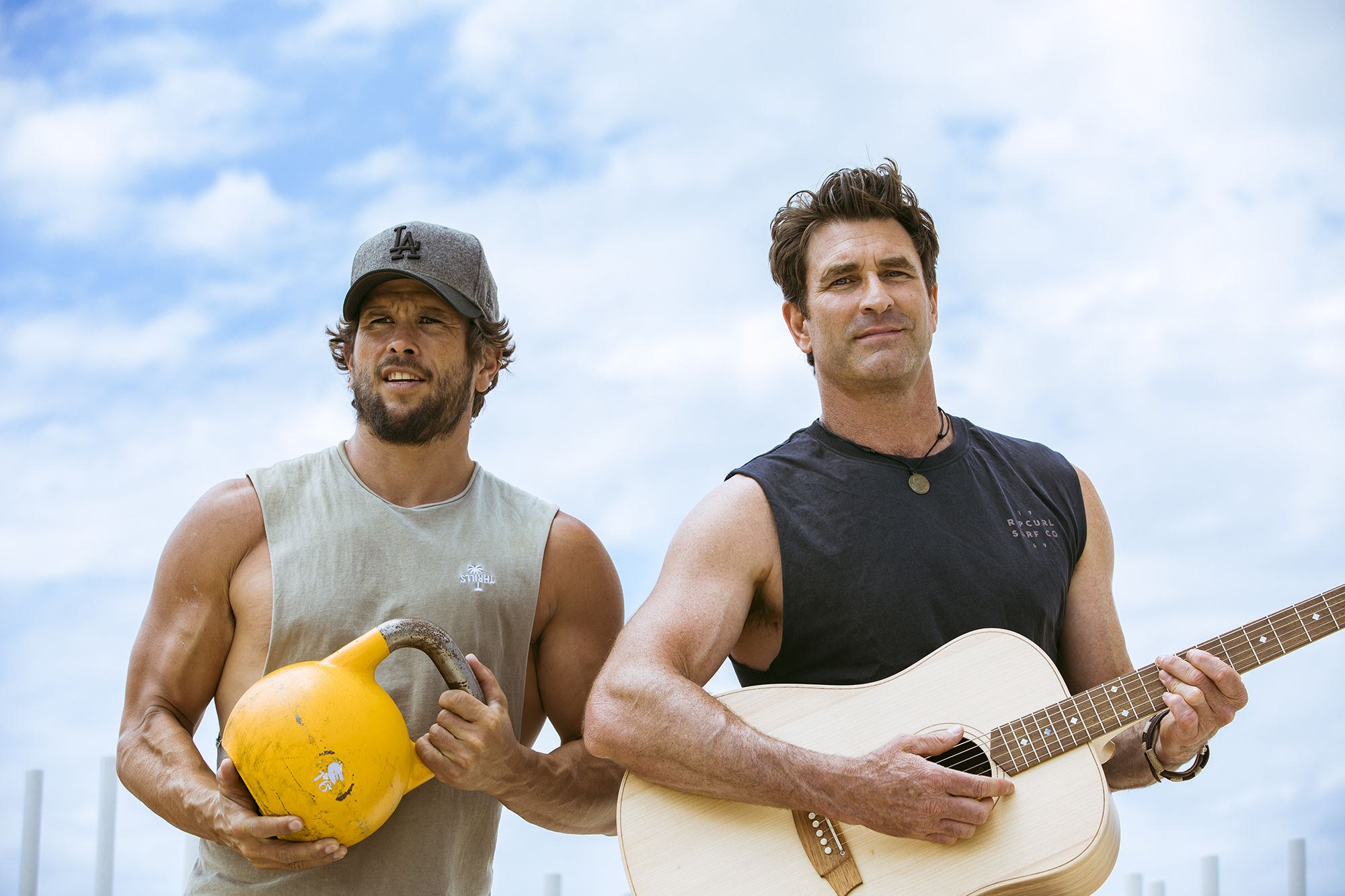 Behind Music & Movement is long time friends, Australian singer songwriter Pete Murray and health & fitness expert Benny Owen.