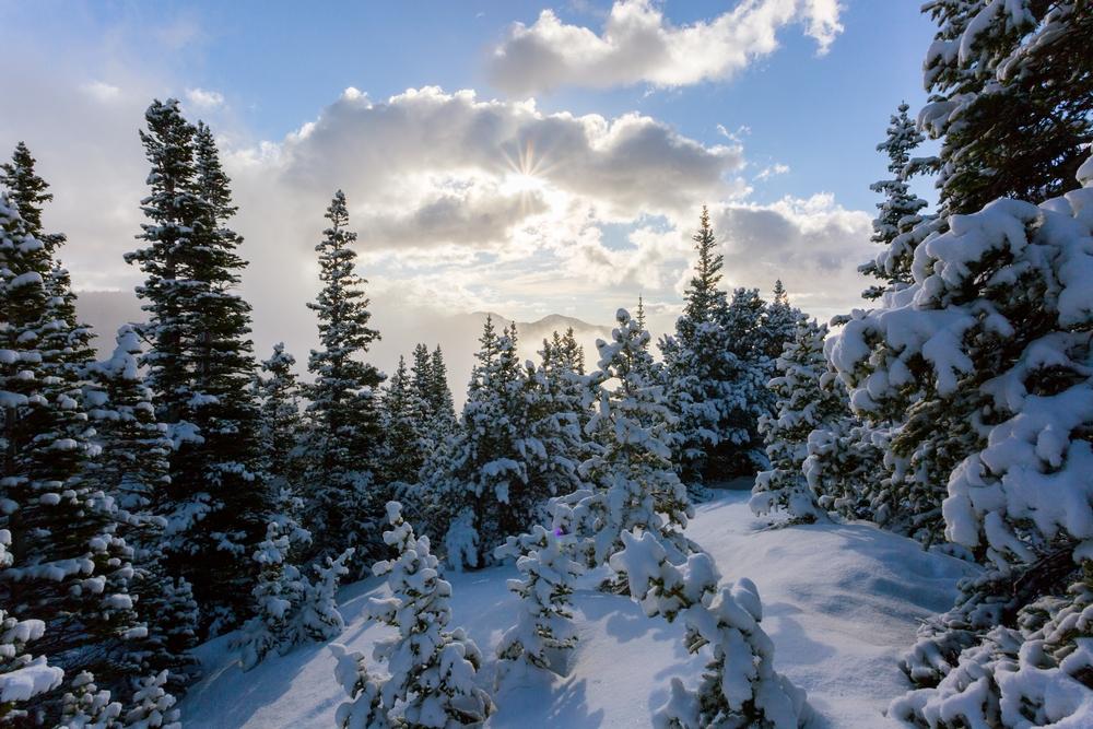 chasm-lake-spring-colorad-hiking-snow-sunrise (3).JPG