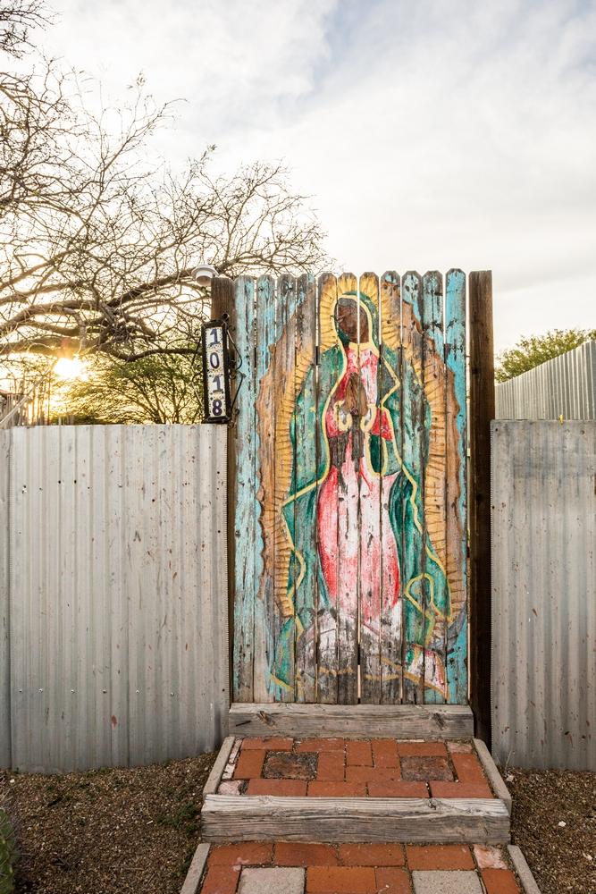 barrios-tucson-arizona-desert (7).JPG