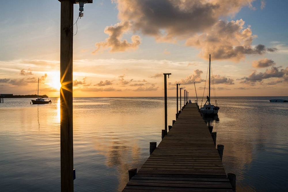 caye-caulker-sunset-belize-dock-fisherman.jpg