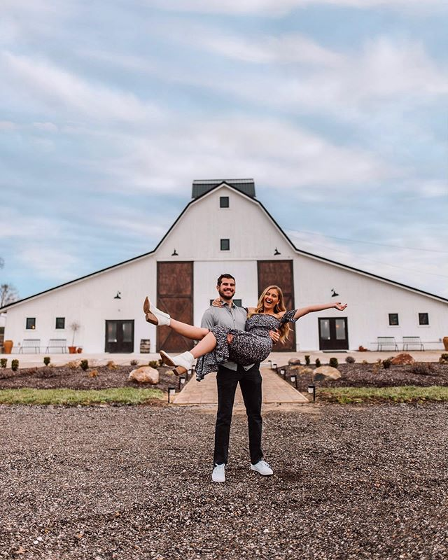 WE FOUND OUR VENUE 👰🏼🤵🏻❤️ @grant_bullard and I are so excited that we will be having our wedding at @whitewillowfarms next summer! This place is such a dream. It's everything I ever wanted in a venue and more! 😍 This place is actually relatively new so if you are local and looking for a venue I highly recommend checking this place out!! Eventually I will be putting together a full blog post showing you guys the entire venue. There are so many amazing features that I can't wait to show you all! So stay tuned for that❤️ For now I am just excited to have the venue checked off the list of wedding to do's & I'm so ready to start planning!
