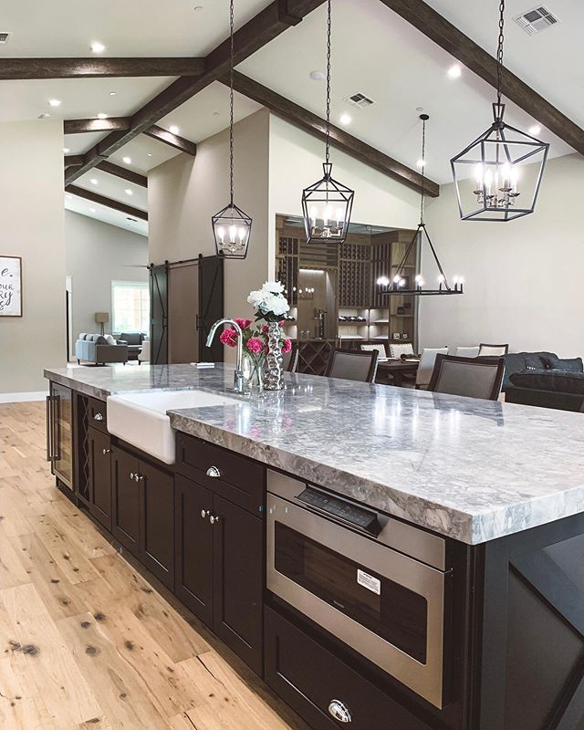 Oh, don't mind me, I'm just over here dreaming of this @yonkerconstructionaz masterpiece and wondering how I can fit a wine room like that in my house. 😍