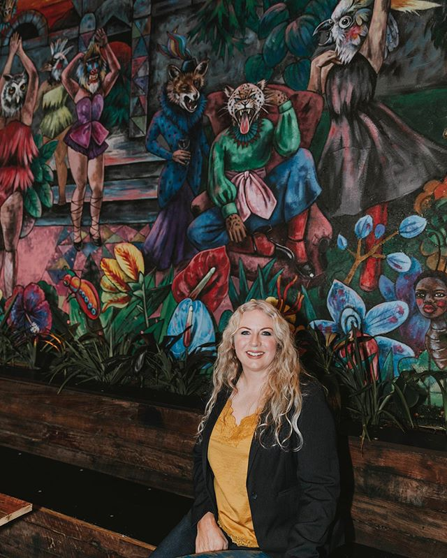 If you have been to @babylon_bendigo  since it's opened you would of seen this absolutely stunning mural out the back!! All painted by hand! This is the lovely lady behind it all, local artist @beakbunny 🎨👩🏼🎨