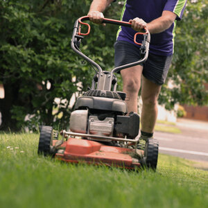 Lawn Mowing Mellons Bay