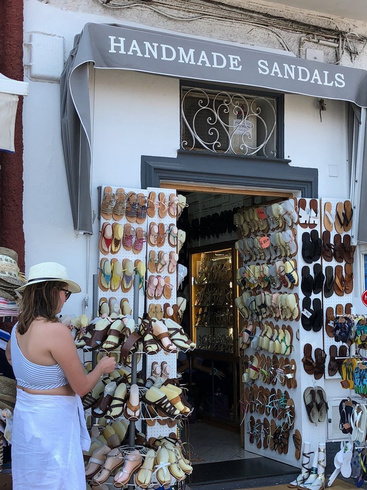 There were many artisans on the island selling Capri Positano sandals with a choice of leather or suede and all colors and styles.