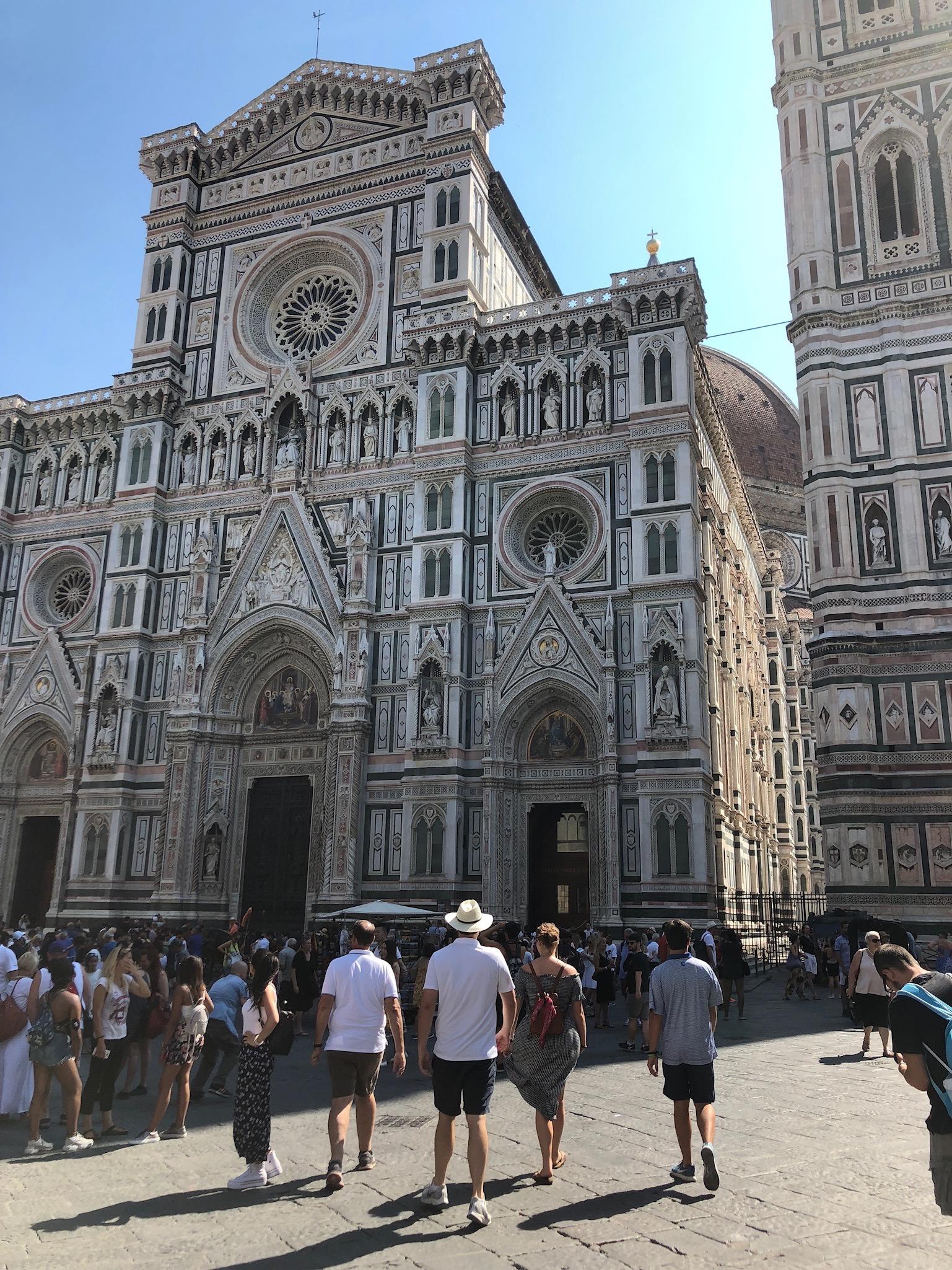 Duomo di Firenze, a central landmark in Florence.