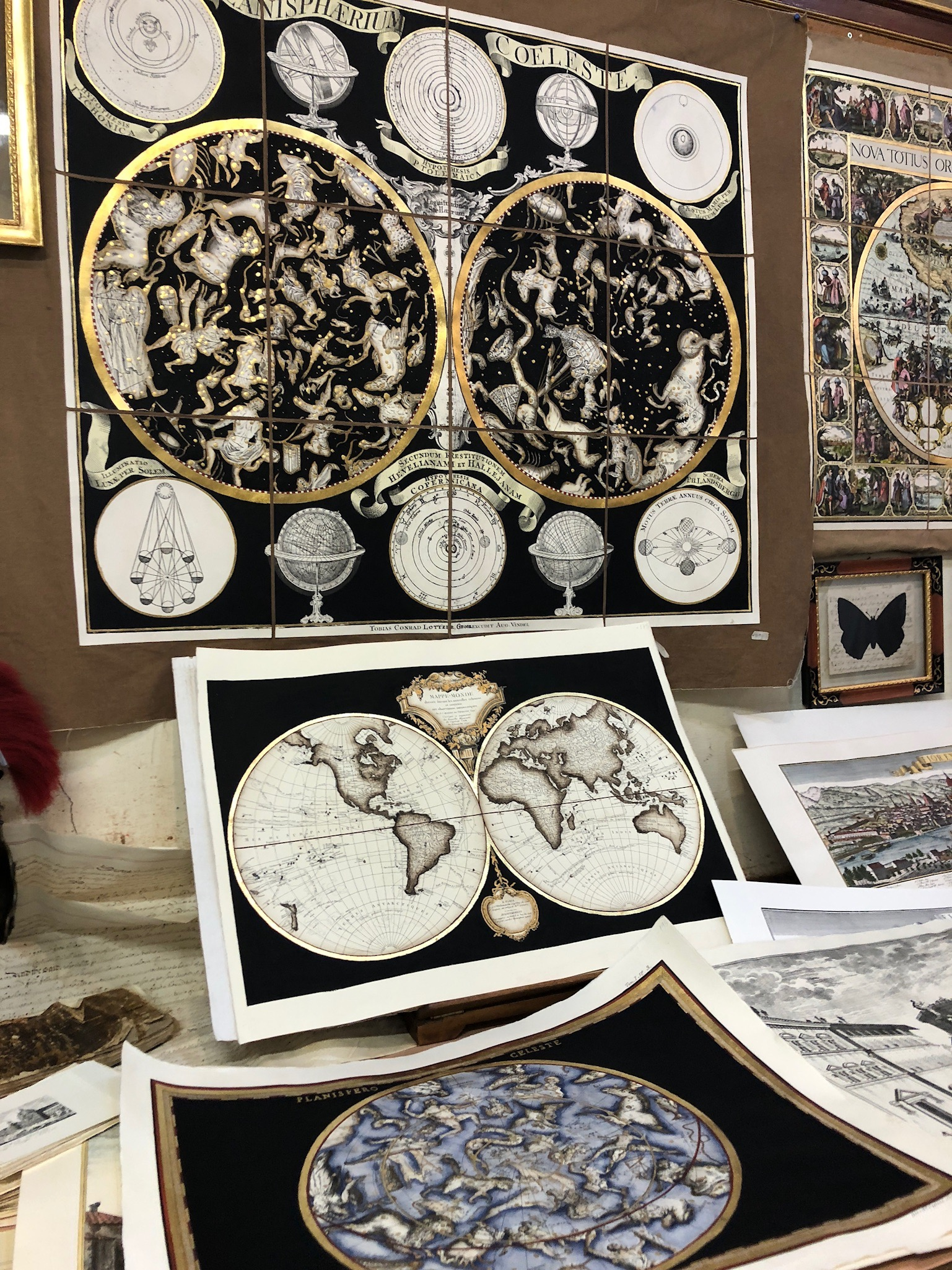 Beautiful hand-made prints of historic Florence and maps were for sale in this authentic artisan shop.