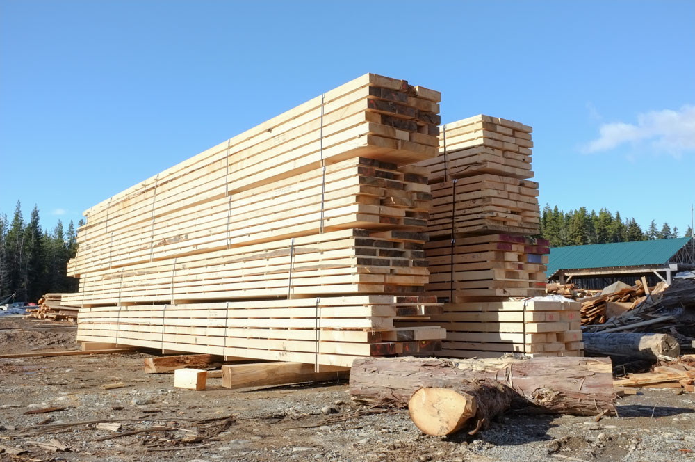 long-length-Sitka-spruce-for-Europe-by-JCI-Touchwood-Sawmills.jpg