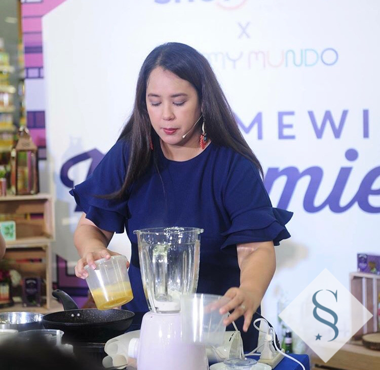 Cooking Demo time! - The recipes I shared during the demo are already in the blog: Adobo Sushi Rolls Ube Mango CrepeTip: Crepe batter was made in Electrolux's very cute and easy to use purple blender. All you have to do is dump in all the crepe batter ingredients in and blend away!