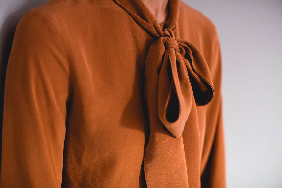 Detail-of-rust-coloured-blouse-fashion-lifestyle-personal-branding-photoshoot