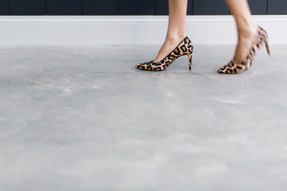 Leopard-print-high-heels-lifestyle-photography-brand-photography