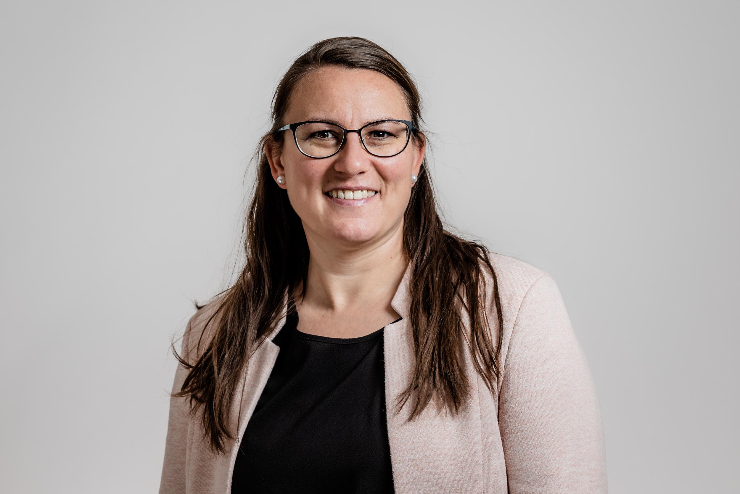 Monika Müller, Sekretärin / Administration